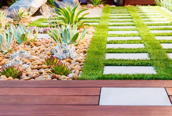 Jardín hecho con IPE